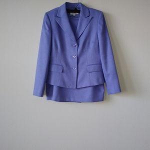 Le Suit Blue 3 Button Closure Classy 2Piece Suit
